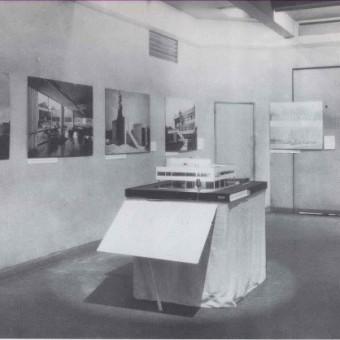 villa-savoy-modell-MoMA